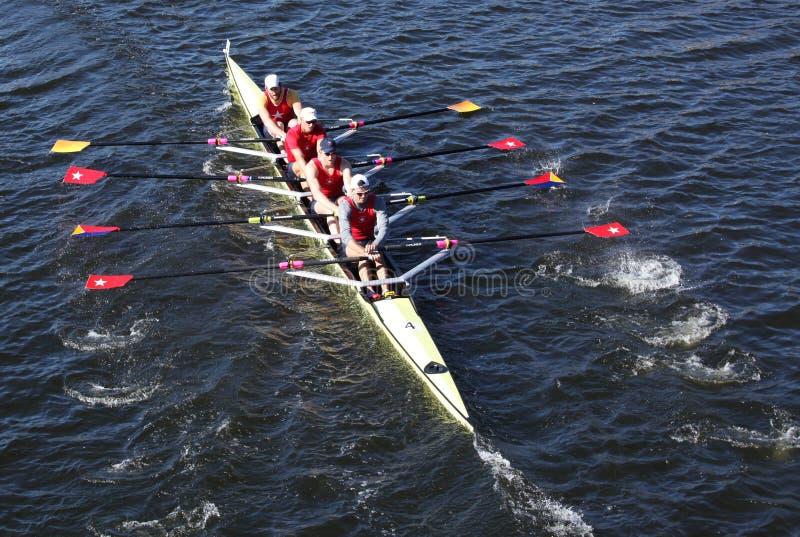 El club del barco de Potomac compite con en los directores Challenge Quad Men en la cabeza de Charles Regatta fotos de archivo libres de regalías