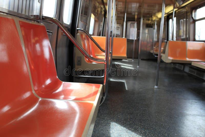 El coche de subterráneo vacío imagen de archivo