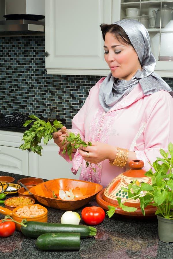 El cocinar del Ramadán imagenes de archivo