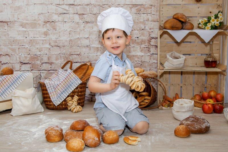El cocinero joven fotografía de archivo libre de regalías