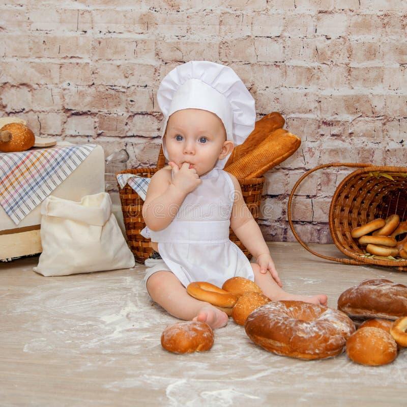 El cocinero joven fotografía de archivo