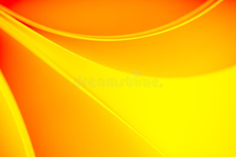 El color amarillo y anaranjado entona el modelo del fondo foto de archivo