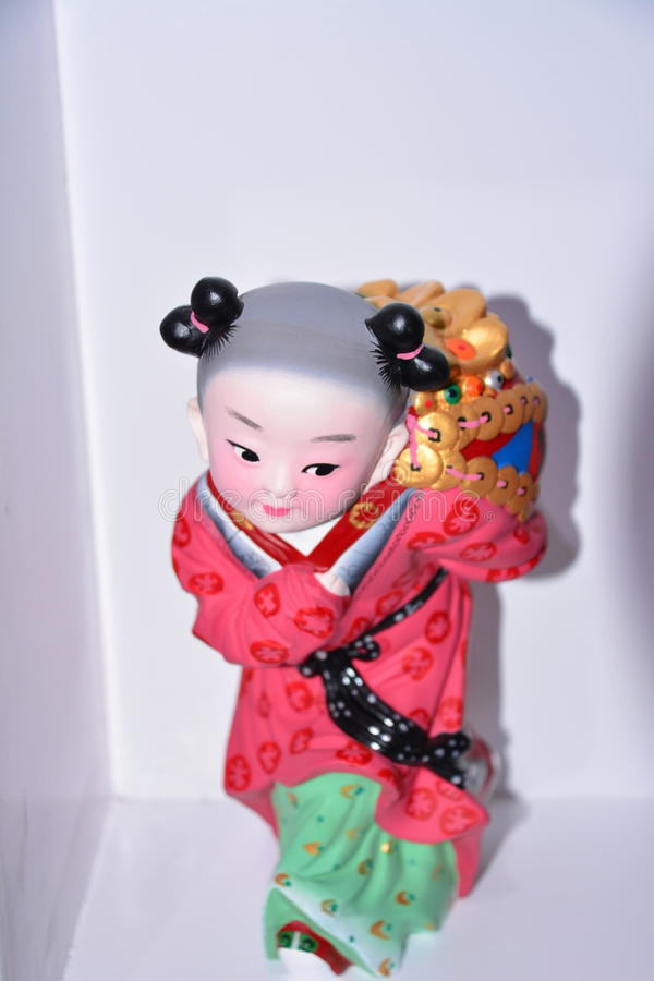 El color de la escultura de arcilla de la niña foto de archivo libre de regalías