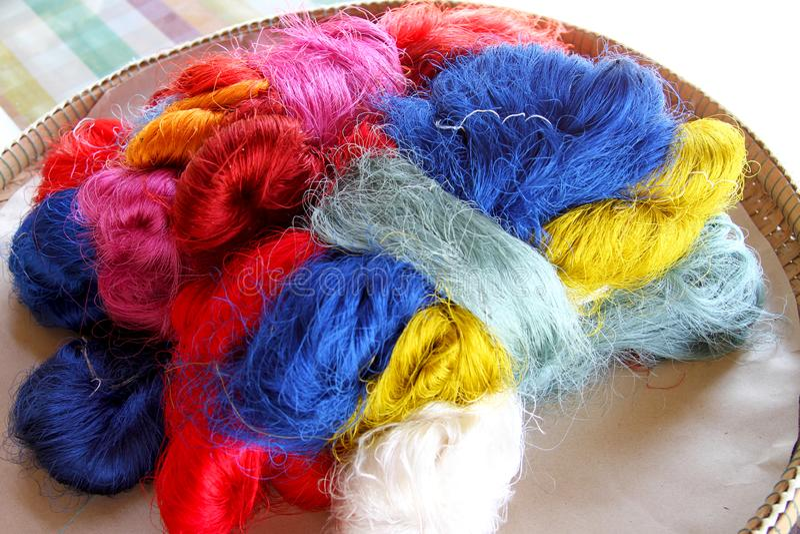 El color del hilo de seda foto de archivo libre de regalías
