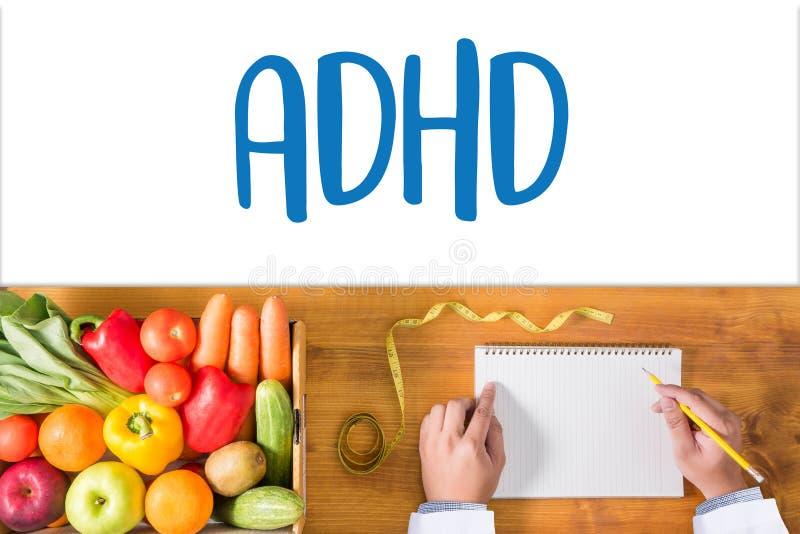 El CONCEPTO de ADHD imprimió la hiperactividad d del déficit de atención de la diagnosis imagenes de archivo