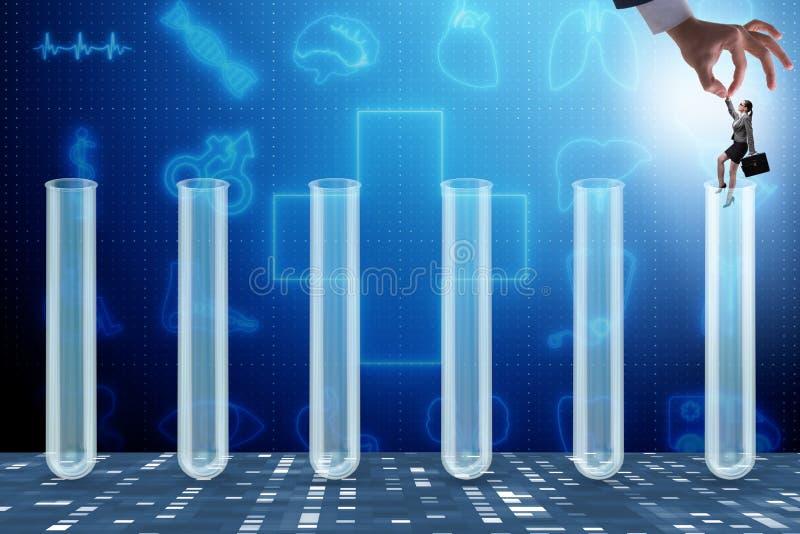 El concepto de la inteligencia artificial con la empresaria fuera del tubo ilustración del vector