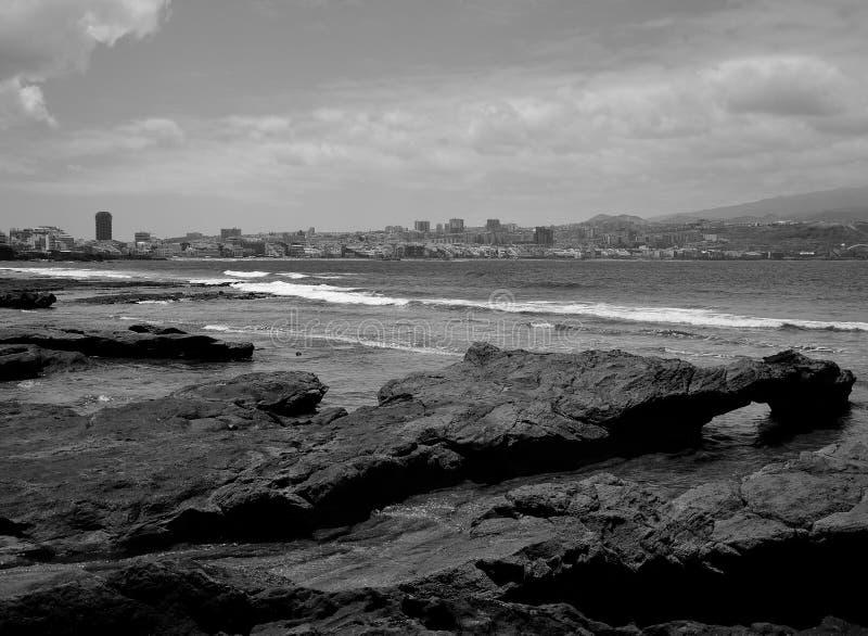 EL Confital, Gran Canaria, Schwarzweiss lizenzfreie stockfotos
