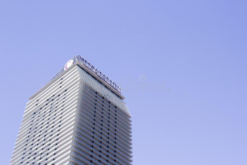 El cosmopolita de Las Vegas en la tira en tiempo del día foto de archivo