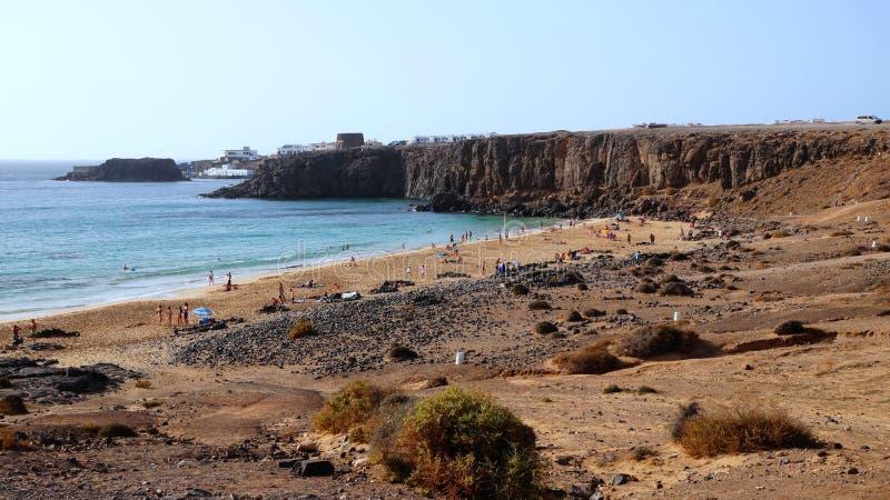 El Cotillo fördärvar som den vulkaniska drakestranden, Fuerteventura, kanariefågelöar, Spanien arkivbild