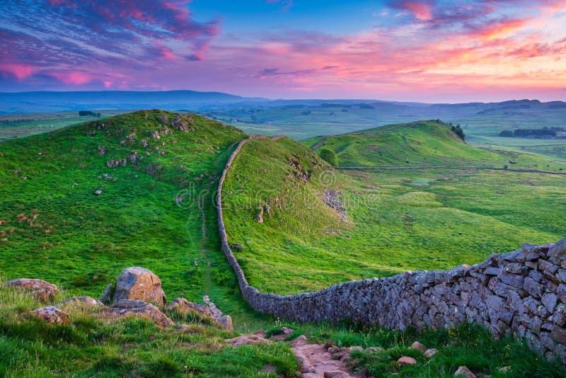 El crepúsculo en la pared del ` s de Hadrian grazna Gap imágenes de archivo libres de regalías