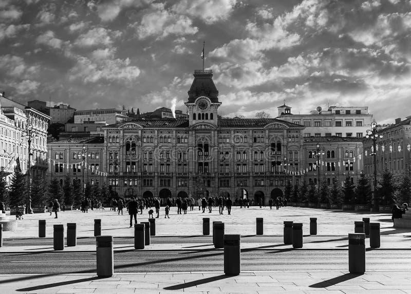 El cuadrado de la unidad de Italia localizó en Trieste imagen de archivo libre de regalías
