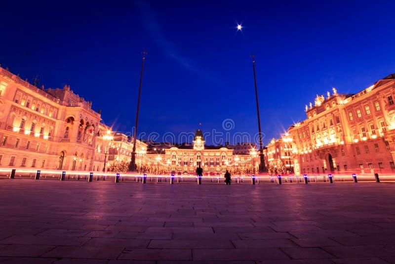 El cuadrado de Trieste durante tiempo de la Navidad imagen de archivo