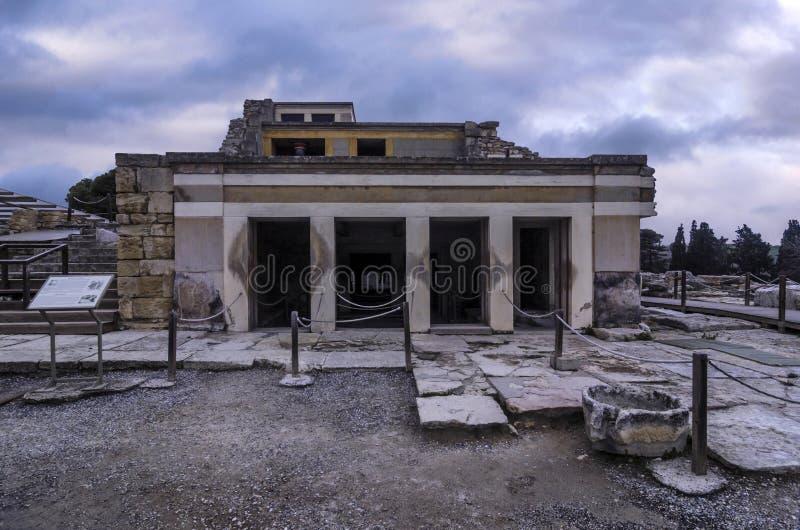 El cuarto del trono La antecámara de un complejo de cuartos que se nombra el cuarto del trono fotos de archivo libres de regalías