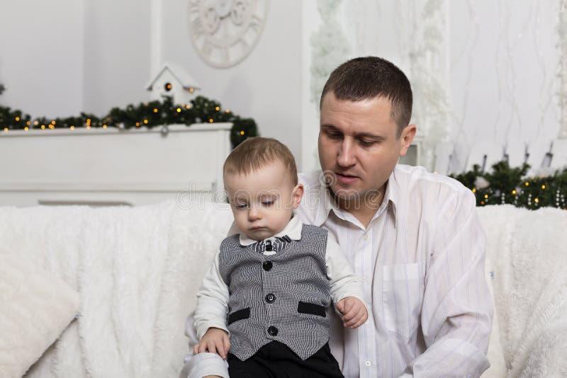 El día de padre, padre del hijo del amor de la familia del padre fotografía de archivo