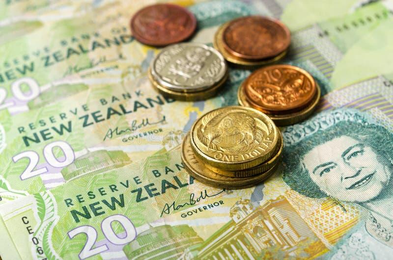 El dólar de la moneda de Nueva Zelanda observa y acuña el dinero imagen de archivo libre de regalías