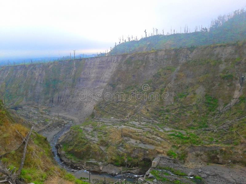 El daño de la erupción de la montaña del merapi en 2010 fotografía de archivo