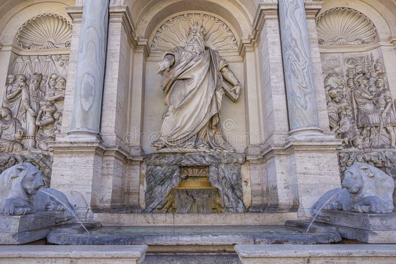 El dell 'Acqua Felice de Fontana, también llamó la fuente foto de archivo