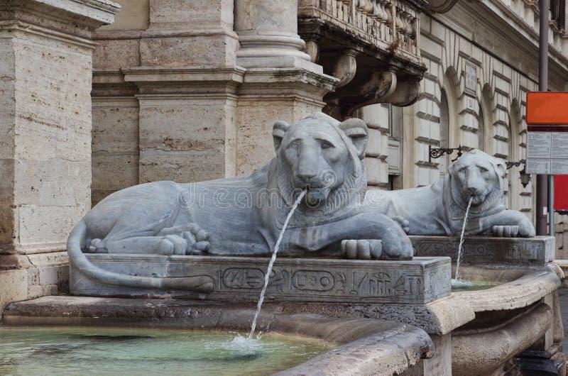 El dell'Acqua Felice de Fontana en Roma fotografía de archivo libre de regalías