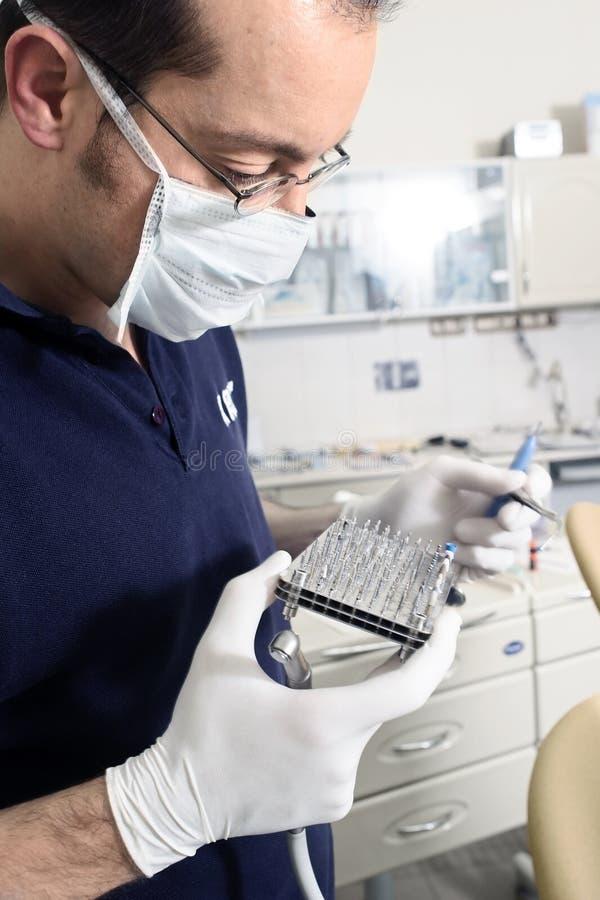 El dentista y el suyo perfora foto de archivo libre de regalías