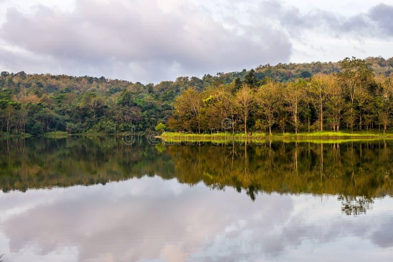 El depósito en el estudio de Jedkod Pongkonsao y el centro naturales del turismo ecológico fotos de archivo libres de regalías
