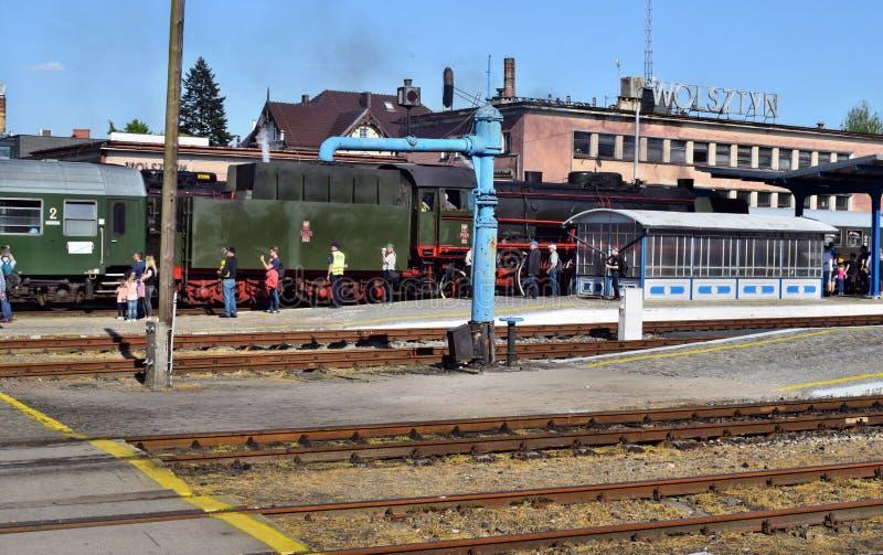 El desfile anual sobre las locomotoras de vapor en Wolsztyn, Polonia imagenes de archivo