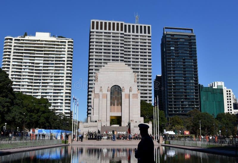 El desfile del día de las fuerzas de reserva nacional en ANZAC Memorial fotos de archivo