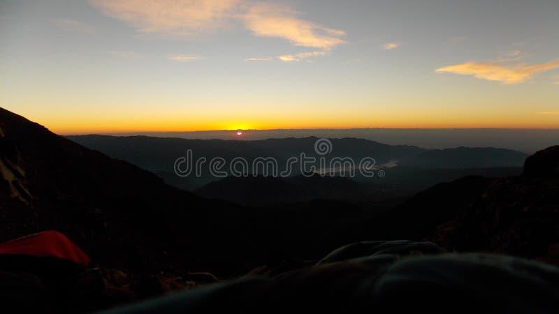 El despertar con la salida del sol foto de archivo libre de regalías