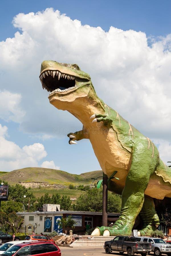 El dinosaurio más grande del mundo en Drumheller, Canadá imágenes de archivo libres de regalías