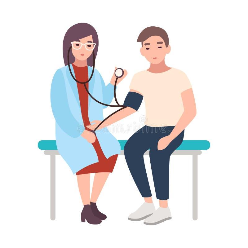 El doctor de sexo femenino o el consejero médico sienta el banco del hospital y mide la presión arterial del paciente masculino a ilustración del vector