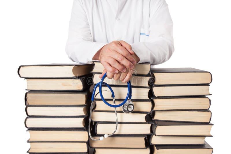 El doctor With Many Books fotografía de archivo
