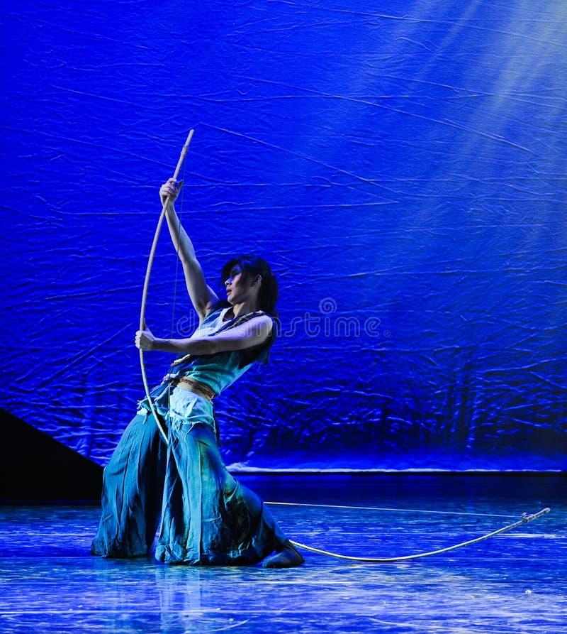 El drama de la danza de la vacilación- del arquero la leyenda de los héroes del cóndor foto de archivo