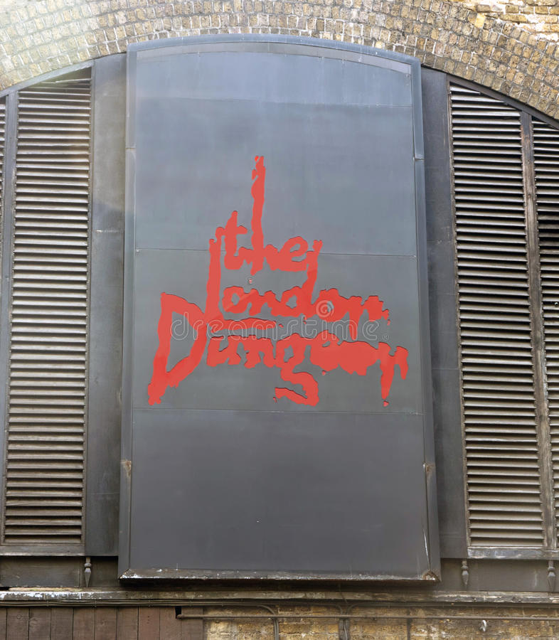 El Dungeon de Londres imagen de archivo