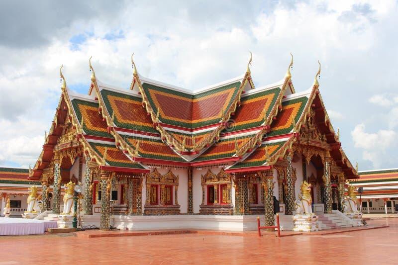 El edificio budista está en área de un templo fotos de archivo