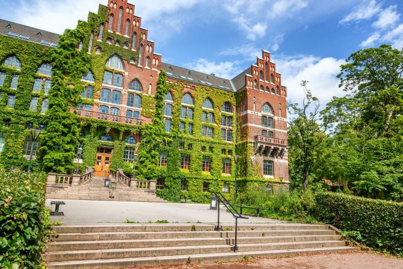 El edificio de la biblioteca de universidad en Lund, Suecia El buil fotografía de archivo