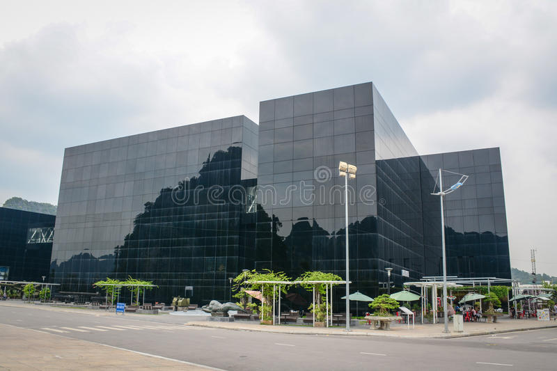 El edificio del museo en Haifong, Vietnam imágenes de archivo libres de regalías