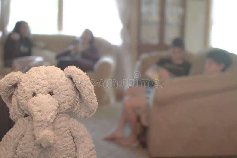 El elefante en la sala de estar fotos de archivo libres de regalías