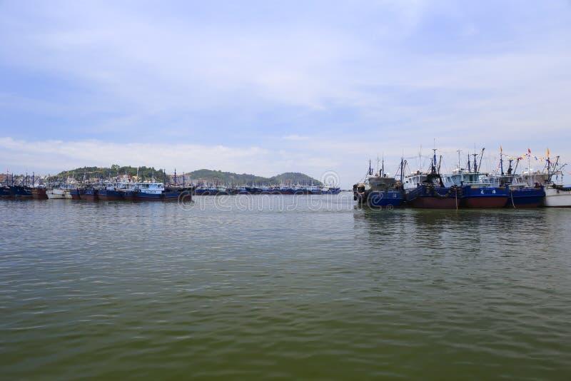 El embarcadero de la pesca de la isla del wuyu fotos de archivo