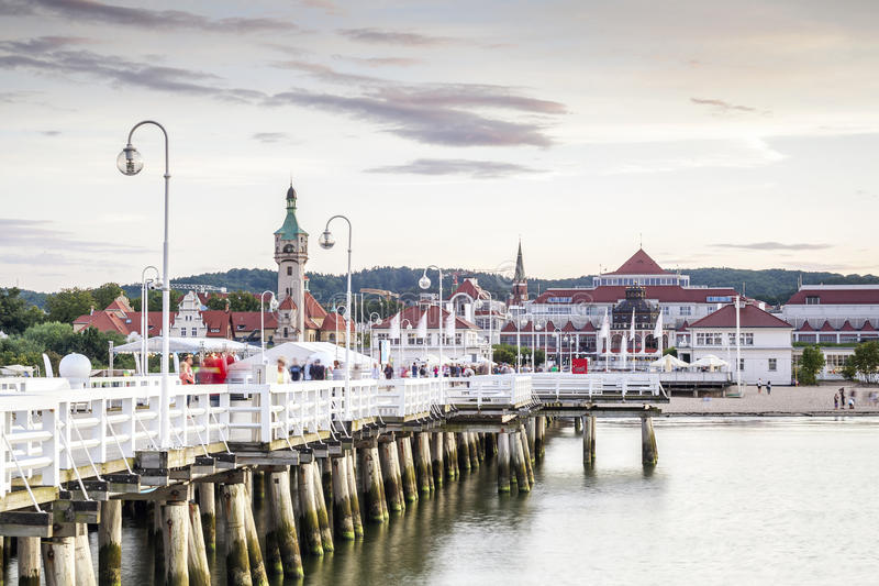 El embarcadero de madera más largo de Europa fotos de archivo