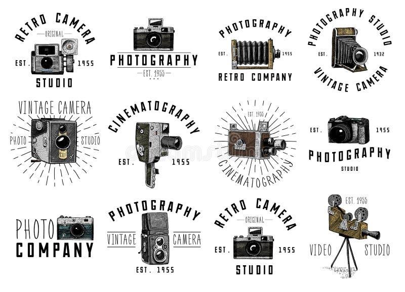 El emblema o la etiqueta, vídeo, película, cámara del logotipo de la foto de película de primero hasta ahora vintage, grabó la ma libre illustration