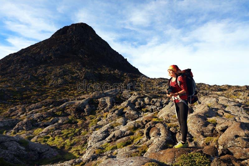El emigrar en Pico Volcano imagen de archivo libre de regalías