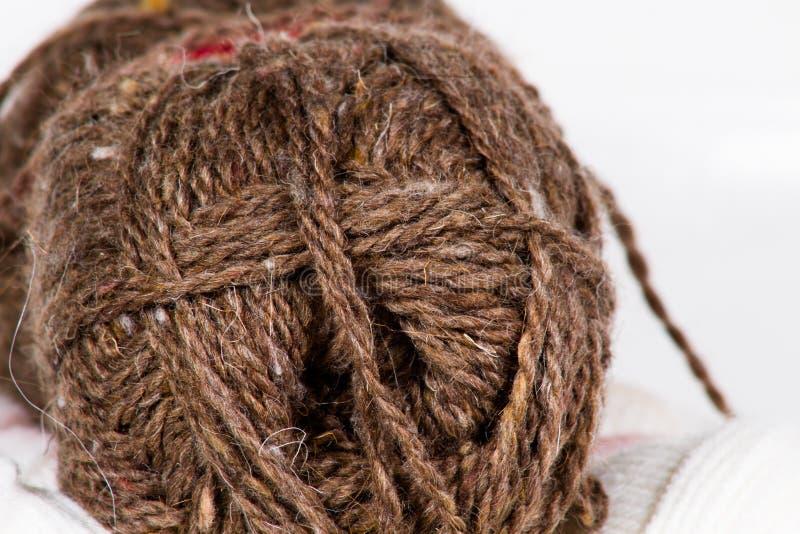 El enredo del fondo abstracto grande de las lanas marrones fotos de archivo libres de regalías