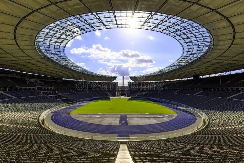 El estadio Olímpico en Berlín imagenes de archivo