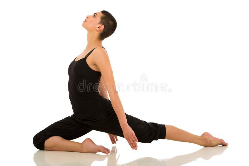 Download El Estirar Del Bailarín De Ballet Imagen de archivo - Imagen de lifestyle, hembra: 42428143
