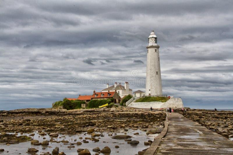 El faro de St Mary en Whitley Bay, Northumberland imagen de archivo libre de regalías