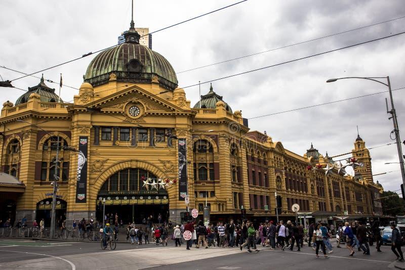 El ferrocarril de calle del Flinders es un ferrocarril en la esquina del Flinders y de las calles de Swanston en Melbourne, Victo imagenes de archivo