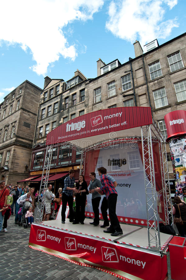 El festival 2011 de la franja de Edimburgo fotografía de archivo