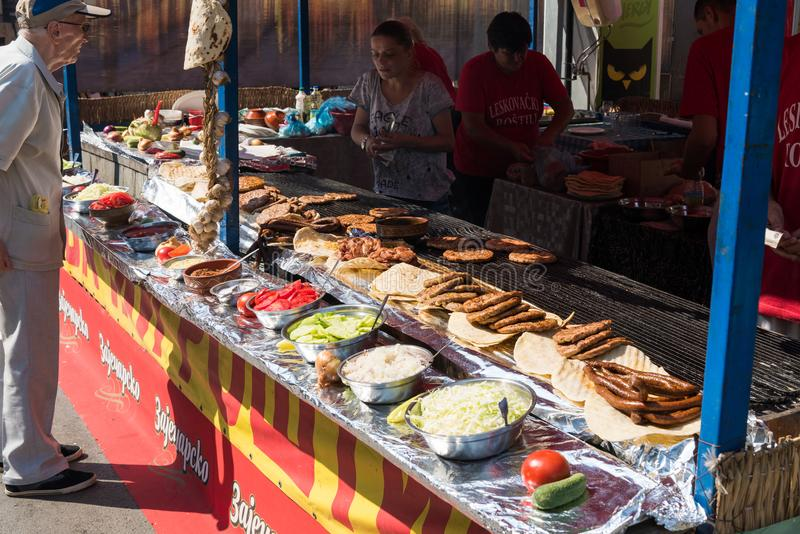 El festival anual de la parrilla de Leskovac imagen de archivo libre de regalías