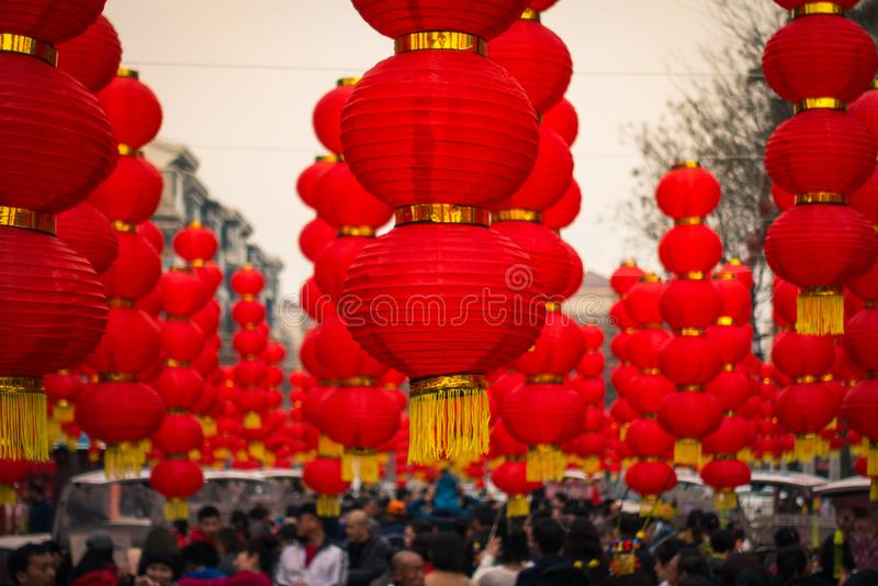 El festival tradicional de las linternas chinas rojas enciende la cultura R asiático foto de archivo libre de regalías