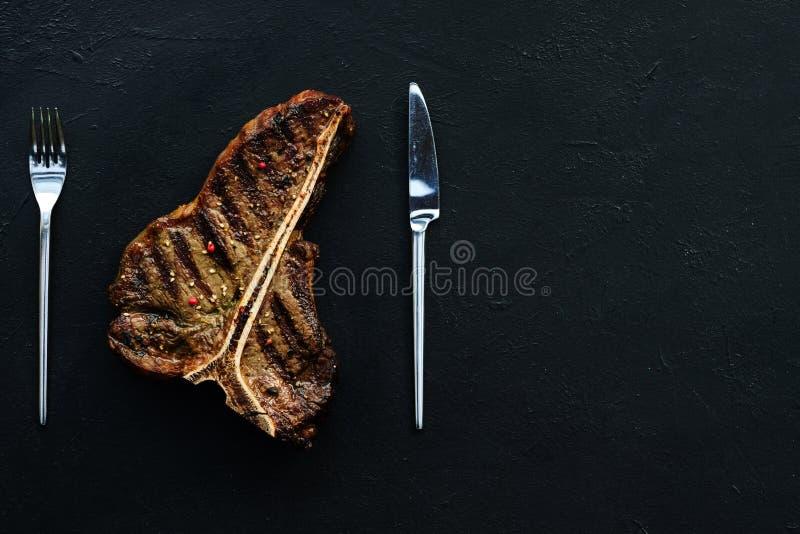 El filete del hueso de T asó a la parrilla la chuleta de cerdo jugosa de la carne mexicana fotos de archivo libres de regalías