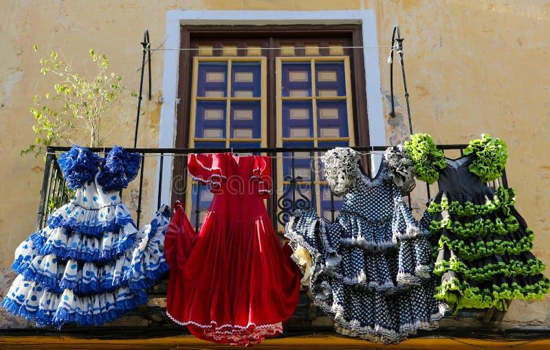 El flamenco tradicional se viste en una casa en Málaga, Andalucía, SP imagen de archivo libre de regalías